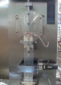 专业供应供应膨化食品包装机